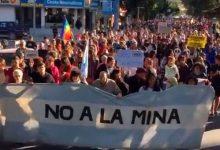 Cumbre minera y represión